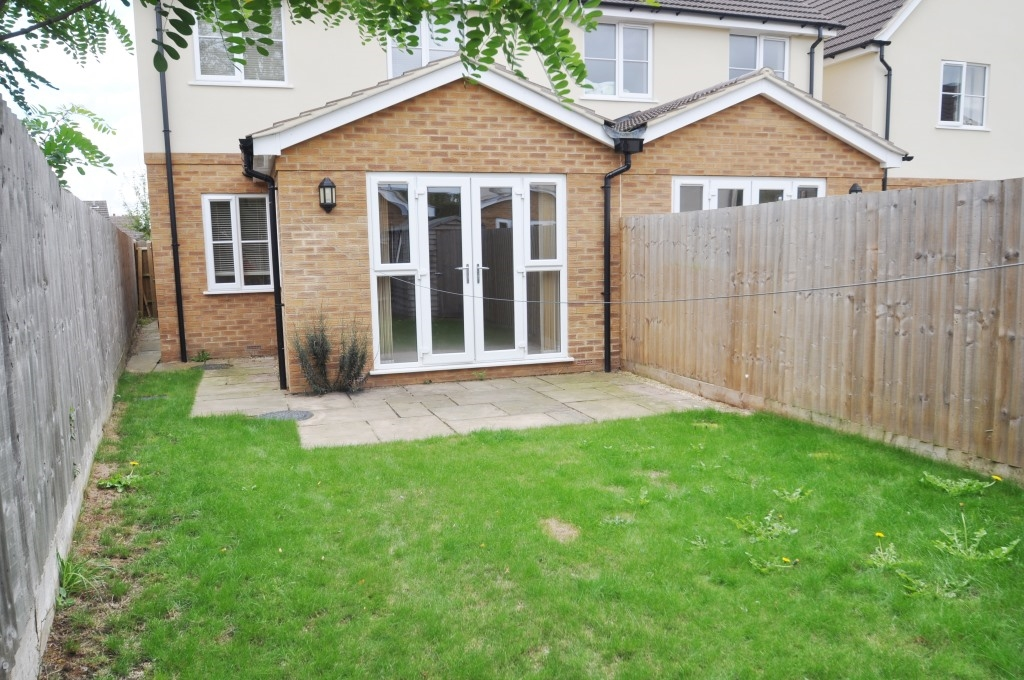 Taylor Close, Bicester - OX26