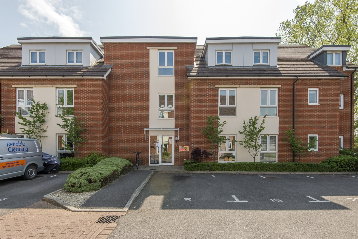 Egrove Close, Oxford - OX1