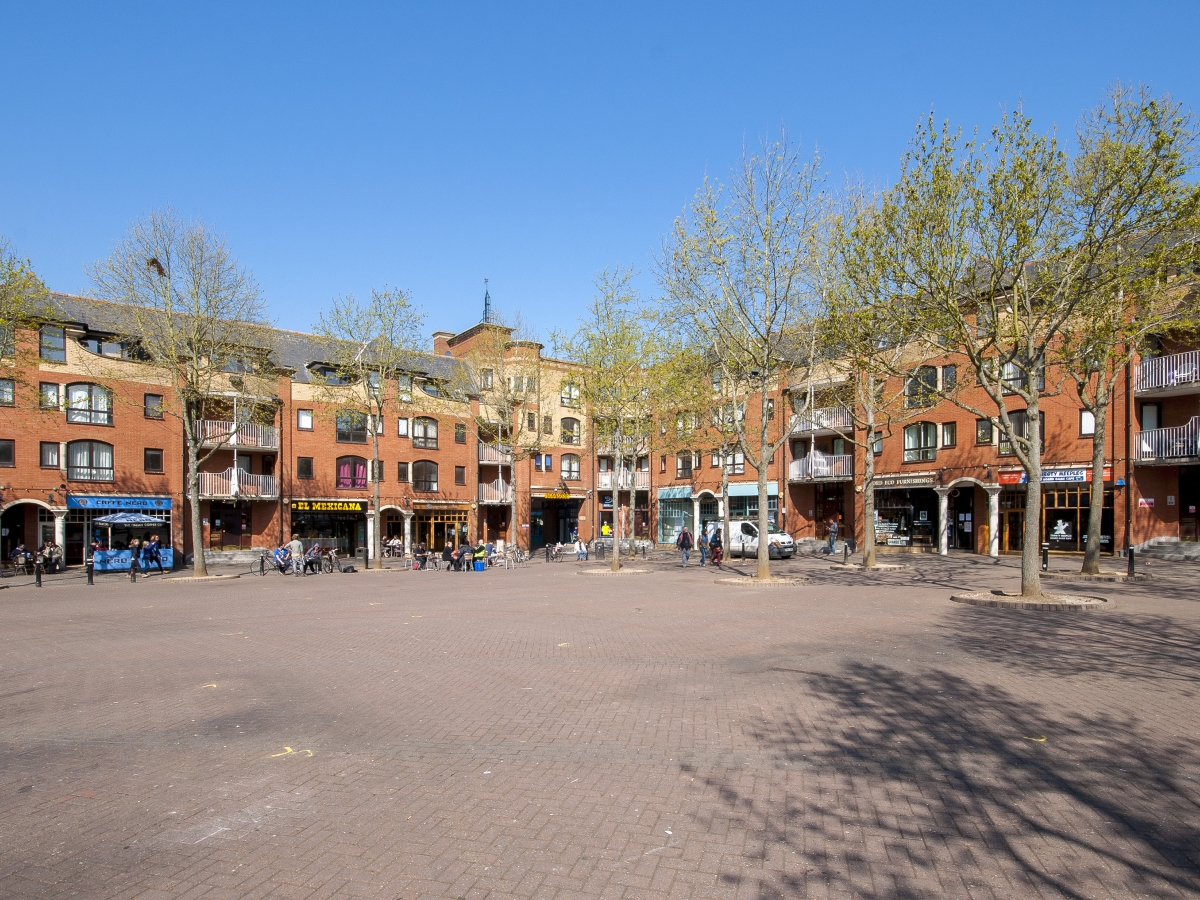 Gloucester Green, Central - OX1