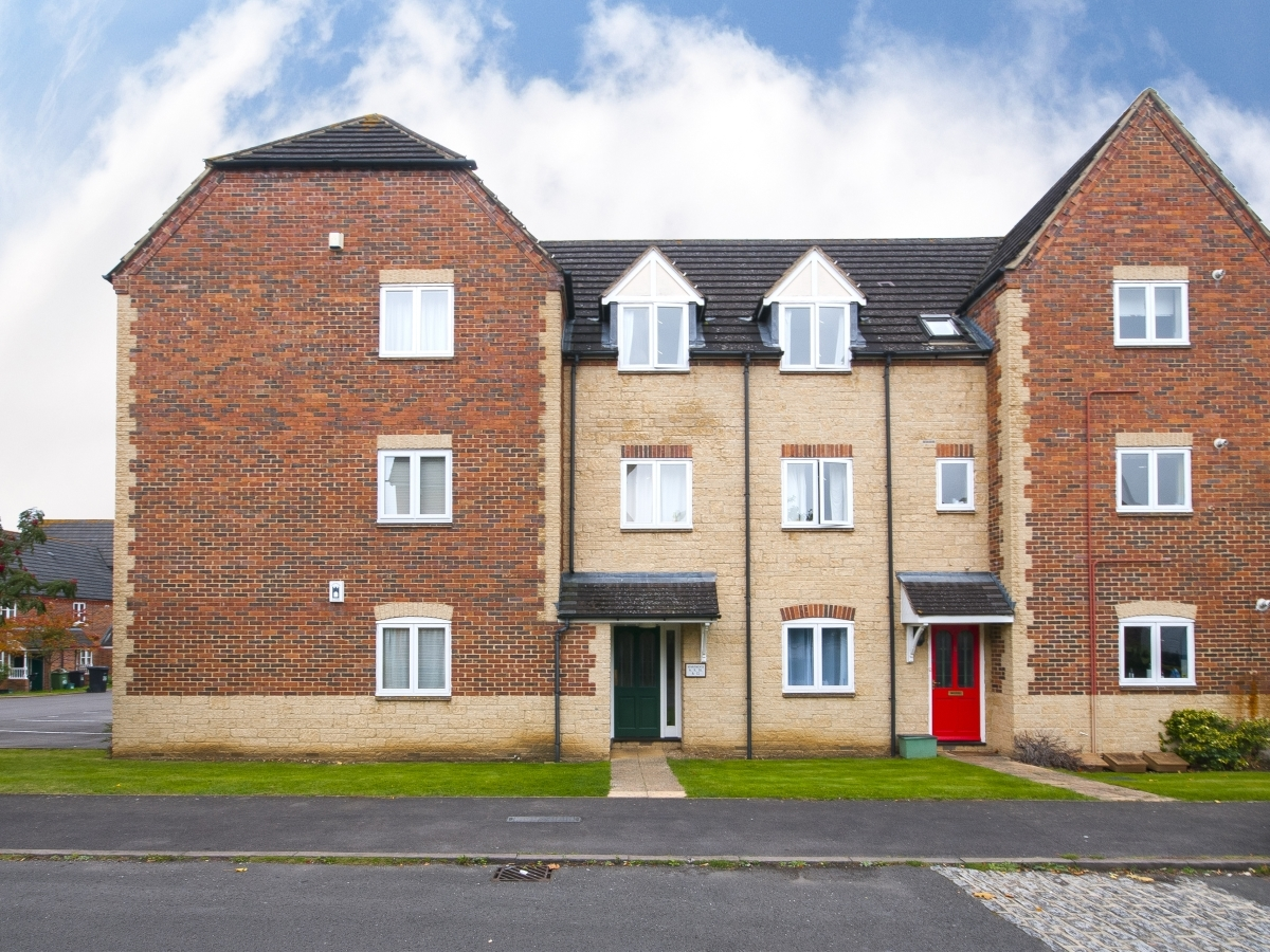 Anna Pavlova Close, Abingdon - OX14