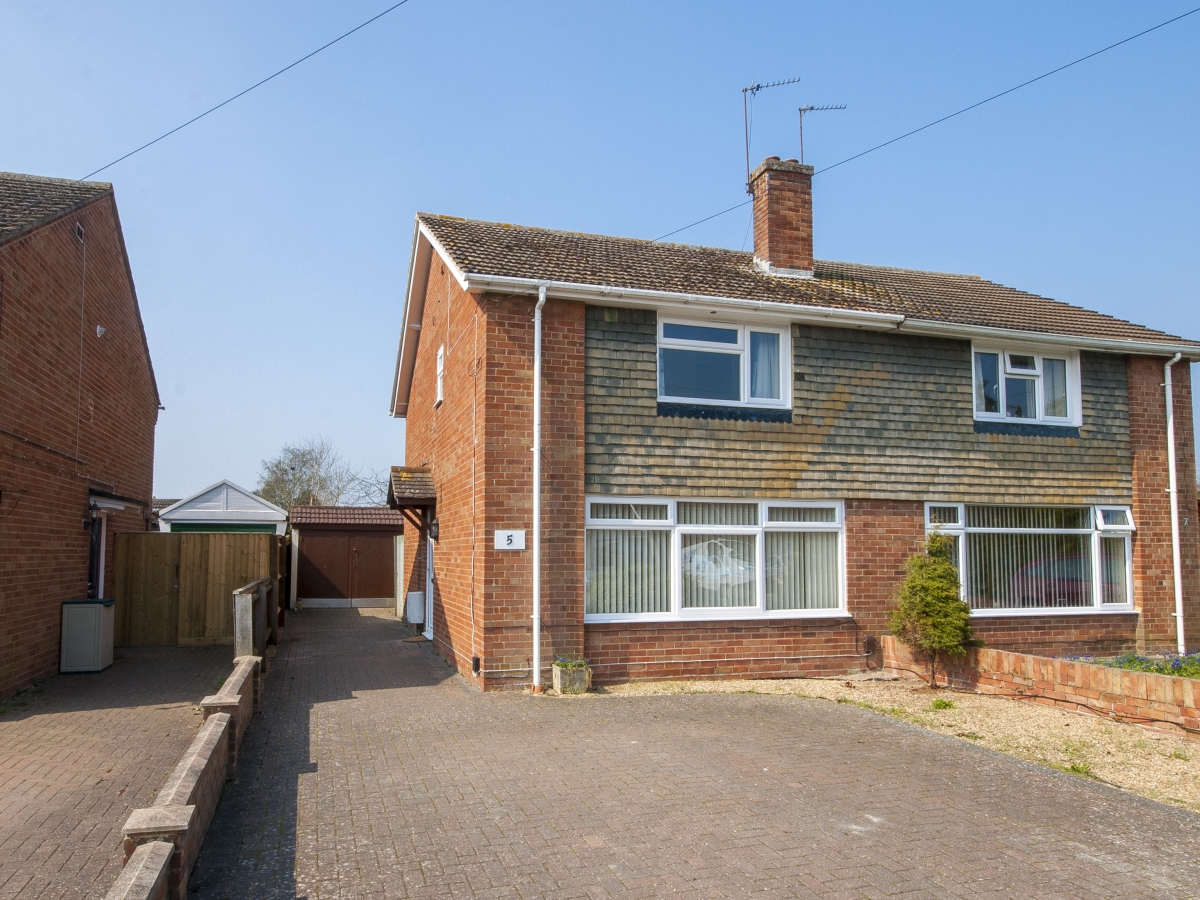 Freeman Road, Didcot - OX11
