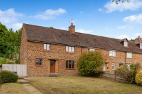 Court Close, Warmington - OX17