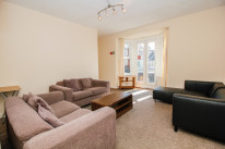 flat on Cowley road - OX4