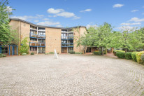 Riverside Court, Oxford - OX1