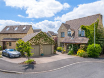 Snowshill Drive, Witney - OX28