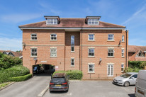 Queen Anne Court, Abingdon - OX14