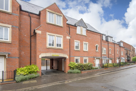 Bridge Court, Banbury - OX16