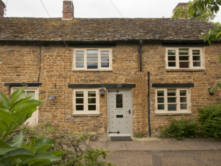 New Street, Deddington - OX15