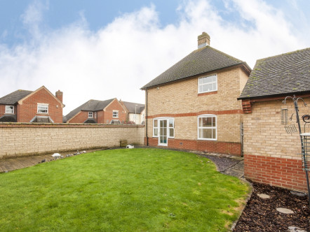 Reedmace Road, Bicester - OX26
