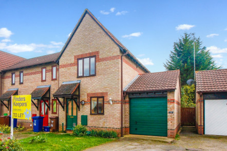 Spruce Drive, Bicester - OX26