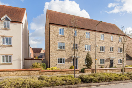 Whitelands Way, Bicester - OX26