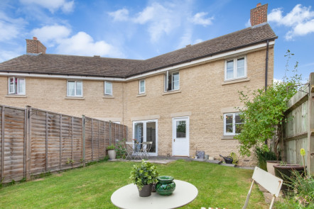 Barleyfield Way, Witney - OX28