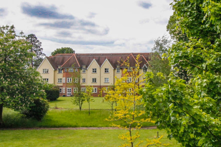 Lady Place, Sutton Courtenay - OX14