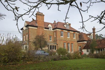 Wick Hall, Audlett Drive - OX14